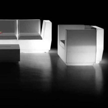 exklusive-in-outdoor-gartenmoebel-beleuchtet-plust-big-cut-light
