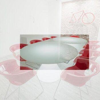 exklusiver-beleuchteter-glas-tisch-slide-design-ed-88
