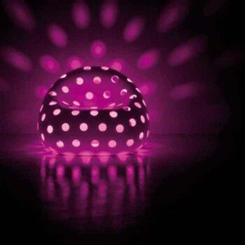plust-airball-armchair-beleuchtete-lounge-moebel-objekt-gartenmoebel-2