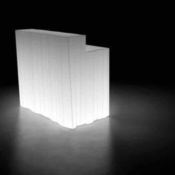 plust-frozen-desk-beleuchtet-bar-modul-esl