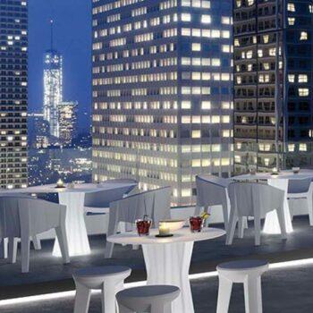 plust-frozen-dining-table-light-beleuchteter-tischfuss