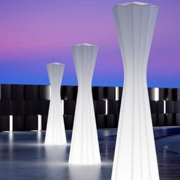 plust-frozen-lamp-design-bar-moebel-exklusive-standleuchte-in-outdoor-1