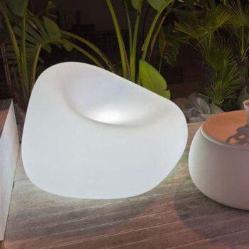 plust-moebel-beleuchtung-gumball-armchair-collection-in-outdoor-1