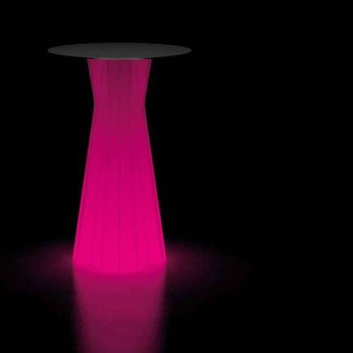 plust-moebel-frozen-bartisch-beleuchtet-objekt-gastronomie-design-ausstattung-1