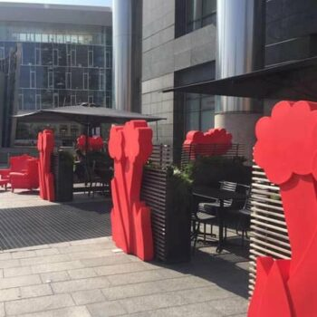 design-raumteiler-pos-buero-outdoor-slide-flower-red