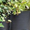 design-xxl-vasen-in-outdoor-pflanzgefaesse-serralunga-the-vases-5-teilig-detail