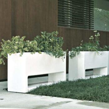 designer-pflanzkasten-serralunga-lluna-xl-weiss-design-joan-gaspar