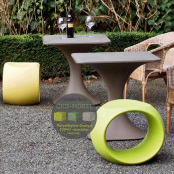 sitzwuerfel-serralunga-cero-design-sitz-hocker-pe-kunststoff-pflegeleicht-in-outdoor