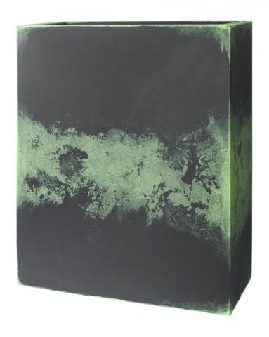 euro3plast-pflanzkasten-kube-tower-schwarz-gruen-in-outdoor