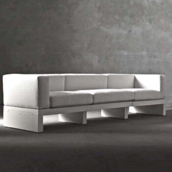 serralunga-design-sofa-in-outdoor-hour