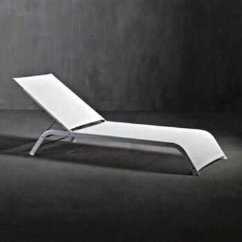 exklusive-sonnenliege-objekt-moebel-serralunga-lazy