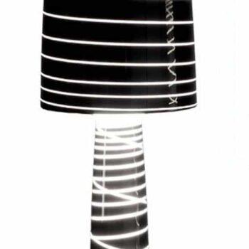 serralunga-lady-jane-design-xl-stehleuchte-208-cm-black-neutral-standard-lac-detail