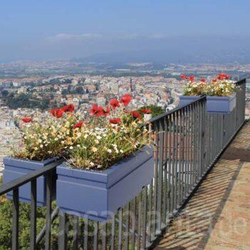 oeffentlich-gross-blumen-balkonkaesten-pflanzkasten-gelaender-p-pot-horizon-100-cm-stadt-begruenung